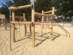 structure de grimpe aire de jeux